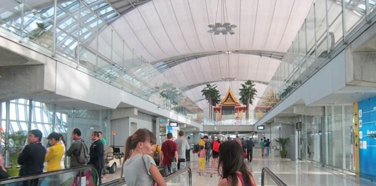 В аэропорту Суварнабхуми Бангкок