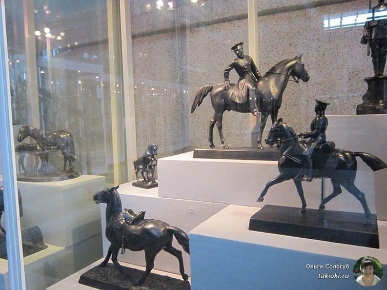 Каслинские скульптуры