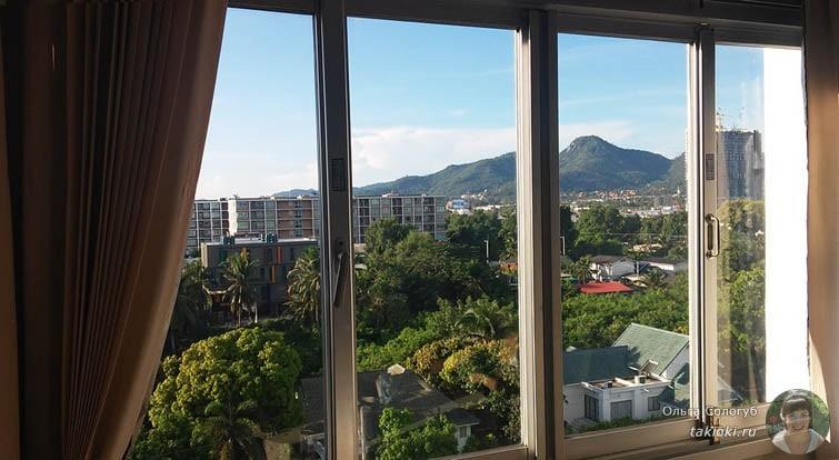 Вид с окна на горы