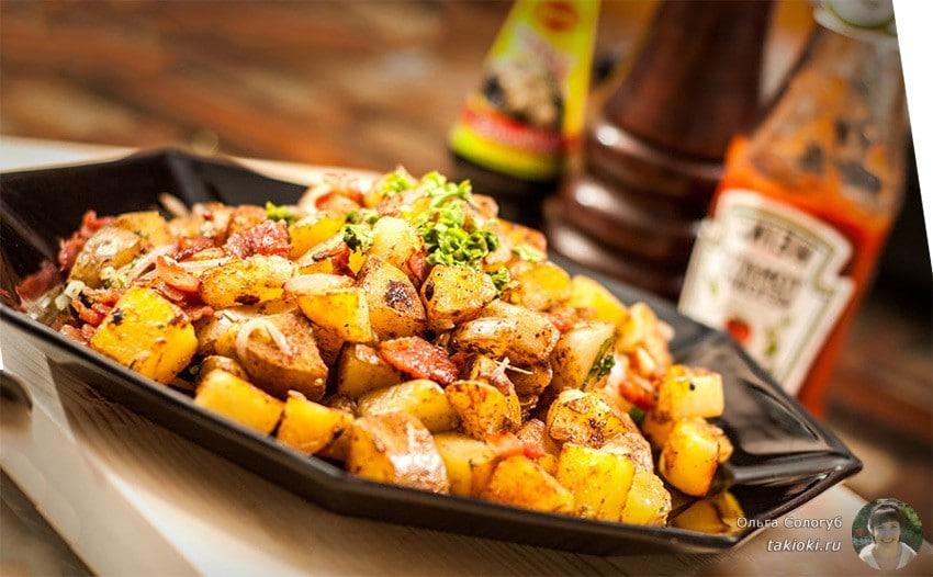 как пожарить картошку на сковороде с салом
