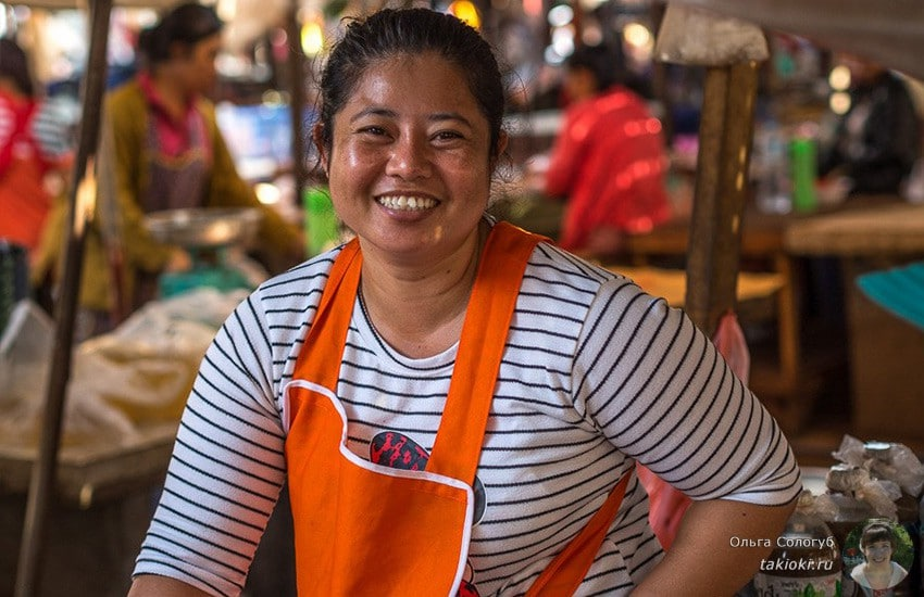 1-chto-poest-v-laose