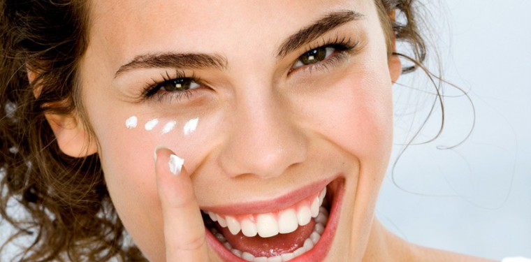 Эффективные крема Виши вокруг глаз и для век — отзывы и рекомендации по применению