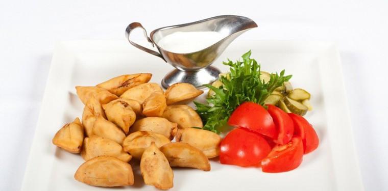 Как правильно пожарить пельмени на сковороде вареные или замороженные — 6 вкусных рецептов