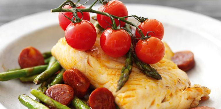 Как приготовить на сковороде необычайно вкусно треску: 3 потрясающих блюда