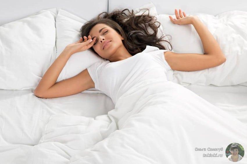 почему веки отекают после сна у детей