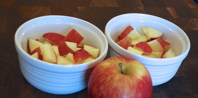 Запекаем яблоки в микроволновке — рецепты для всей семьи