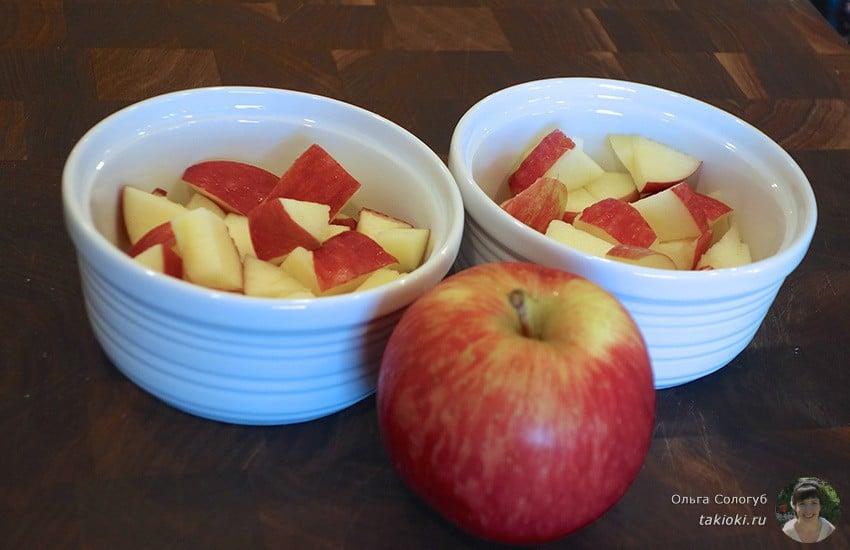 сколько минут запекать яблоки в микроволновке