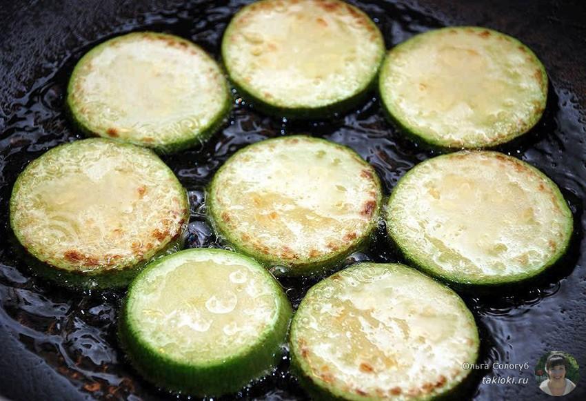 как жарить кабачки на сковороде гриль видео