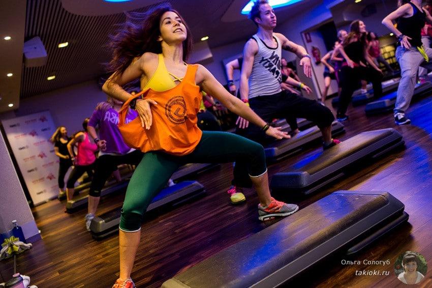уроки фитнес зумба на русском языке для начинающих