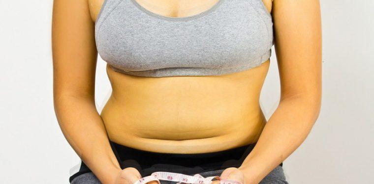 4 причины, почему вы набираете жир на животе и чем это опасно для здоровья