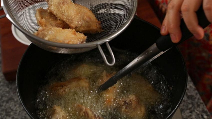 Как сделать курицу на сковороде с соусом