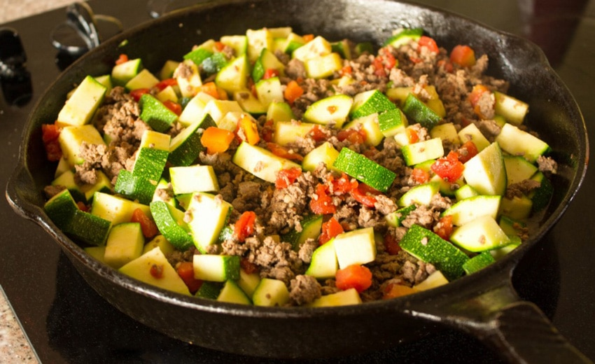 готовим жареные кабачки с помидорами