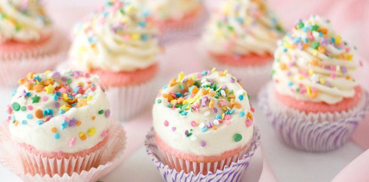 Как за 5 минут приготовить в микроволновке кекс – 10 оригинальных рецептов