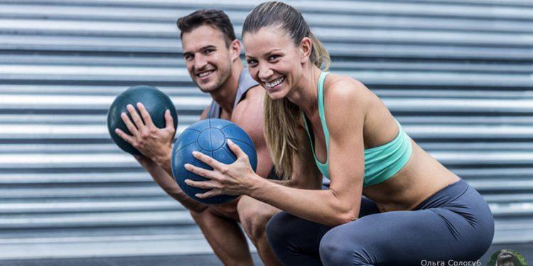 5 спортивных упражнений с медболом, которые помогут укрепить мышцы