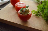 Рецепт приготовления обалденно вкусных фаршированных помидоров на закуску