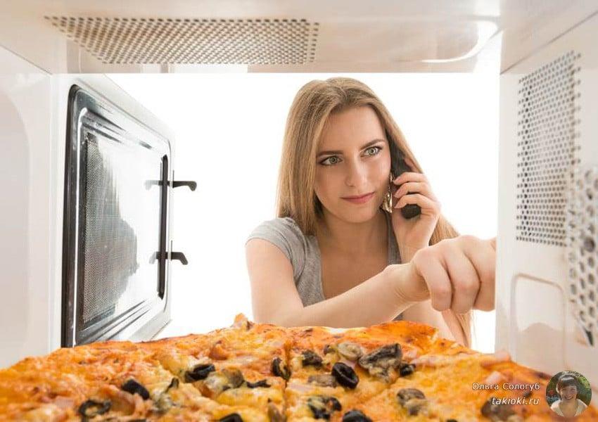 пицца на готовой основе в микроволновке за 10 минут видео