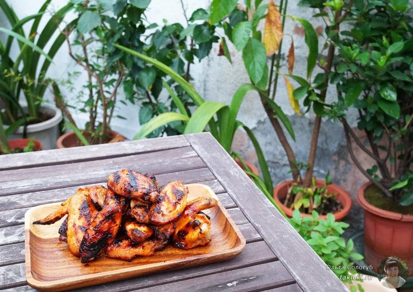 рецепт куриных крылышек на мангале в маринаде на кефире