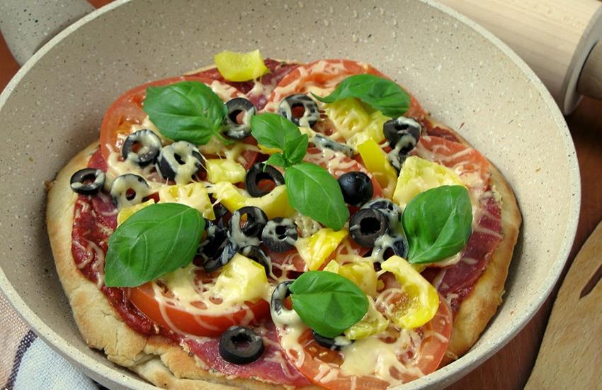 пицца на сковороде за 10 минут рецепт