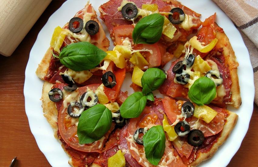 как быстро приготовить пиццу без сметаны и без яиц