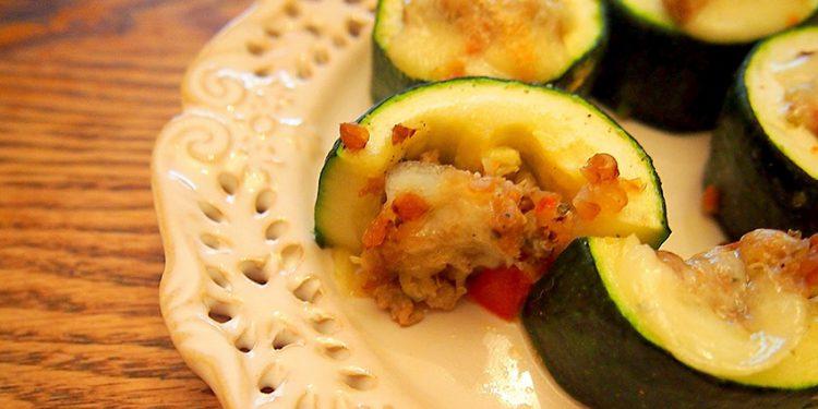 Рецепт запеченных в духовке кабачков, фаршированных фаршем, гречкой и перцем