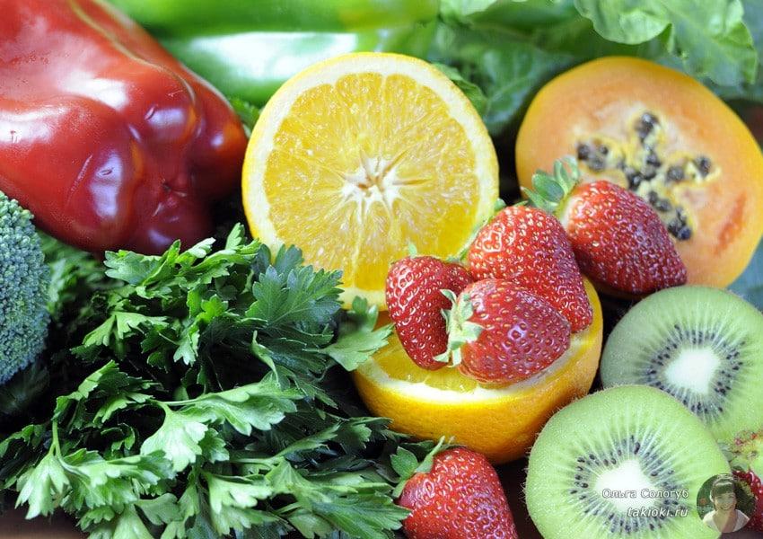 в каких продуктах содержится аскорбиновая кислота и при какой температуре разрушается