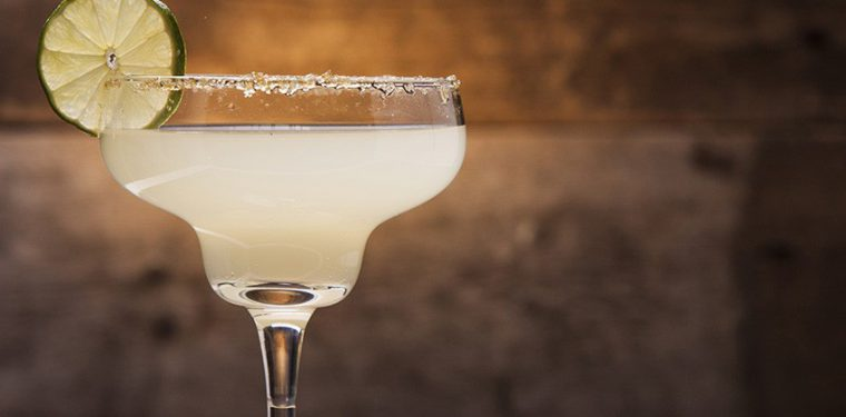 Как влияет алкоголь на количество жировых накоплений и избыточный вес