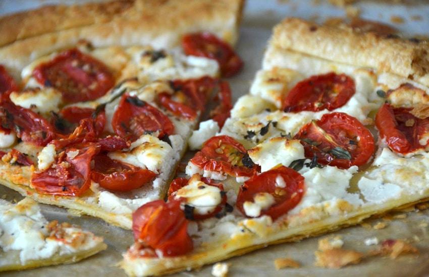 пицца на корже в духовке рецепт с фото