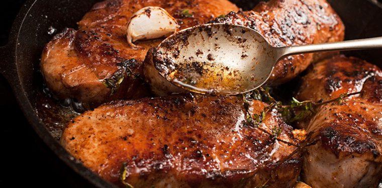 Как правильно сделать маринад для свинины для жарки на сковороде — 5 проверенных вариантов с аппетитными фото