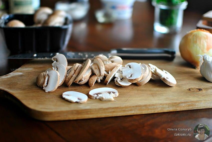 Очень вкусны рецепт с консервированными грибами и фасолью