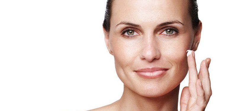 Какая кислота лучше для кожи: гликолевая или молочная
