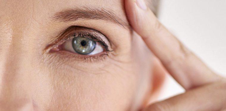 Как с помощью коллагеновых масок для лица помолодеть на 10 лет. Восстанавливающая, омолаживающая или тканевая?