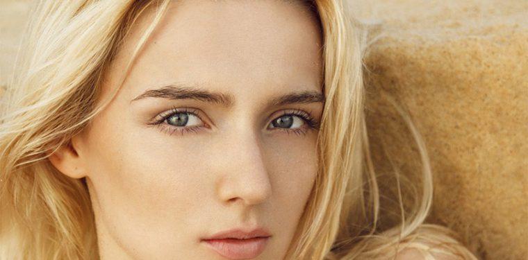 «Бриллиант» среди компонентов в косметологии — витамин А для лица от морщин и от прыщей + рейтинг масок для дома