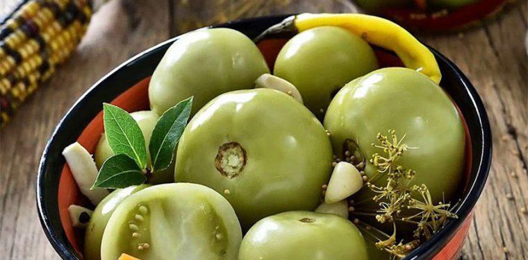 Учимся готовить зеленые маринованные помидоры так вкусно, что пальчики оближешь